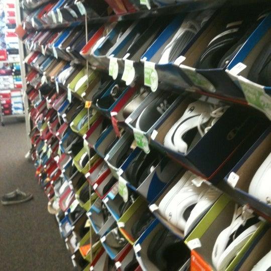 payless shoes sheridan mall
