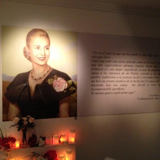 Foto scattata a Museo Evita Restaurant & Bar da Hello K. il 3/14/2012