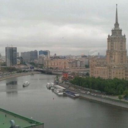 Foto tirada no(a) Crowne Plaza por Илюха В. em 5/19/2012
