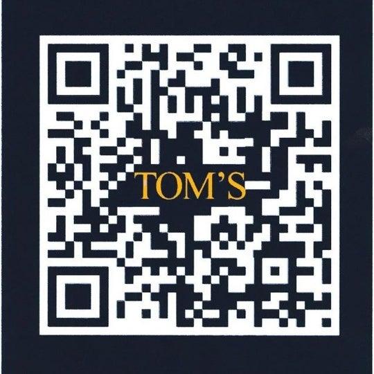 Das Foto wurde bei TOM'S Leather Bar von Miguel Antonio P. am 3/10/2012 aufgenommen