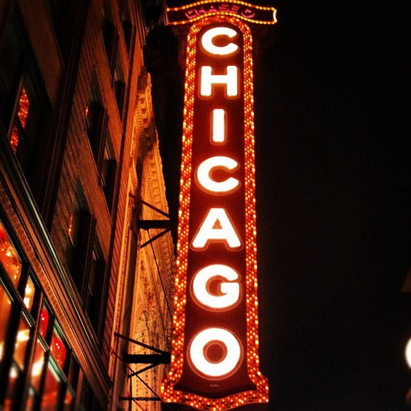 Foto scattata a The Chicago Theatre da Nick F. il 7/14/2012