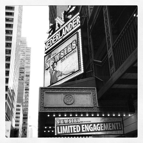 4/9/2012にJenn B.がNederlander Theatreで撮った写真