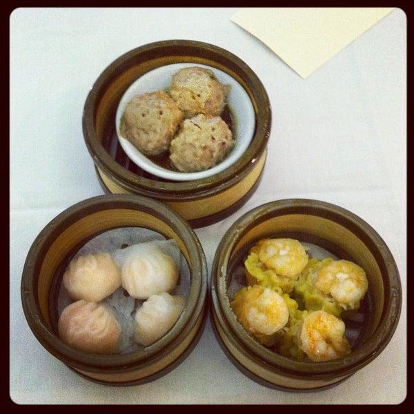 9/12/2012에 Bea V.님이 Oriental Garden 福臨門海鮮酒家에서 찍은 사진