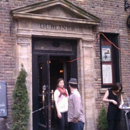 5/18/2012 tarihinde Tari U.ziyaretçi tarafından The Dubliner'de çekilen fotoğraf