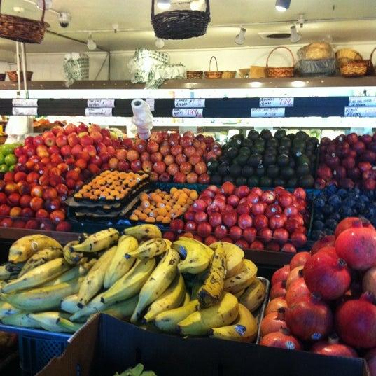 Das Foto wurde bei The Original Farmers Market von goot am 7/7/2012 aufgenommen