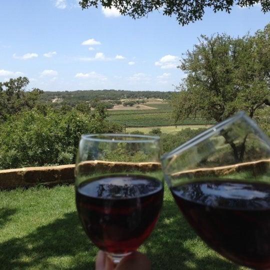 Foto diambil di Driftwood Estate Winery oleh Scott H. pada 7/4/2012