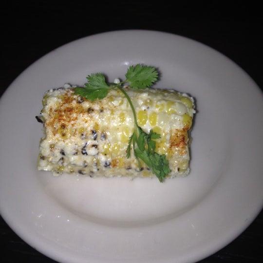 Foto scattata a Lolita Cocina & Tequila Bar da Maria A. il 7/13/2012