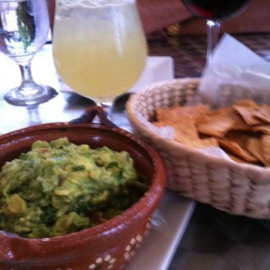 Foto tirada no(a) The MexZican Gourmet por Sherie S. em 6/20/2012