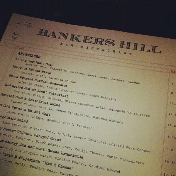 Foto tirada no(a) Bankers Hill Bar & Restaurant por Kyle P. em 4/29/2012
