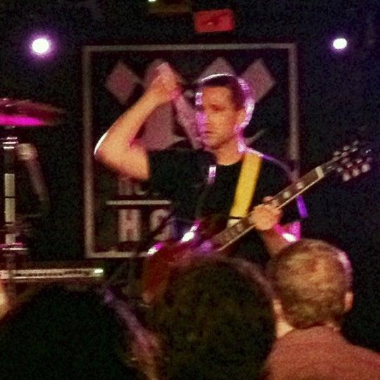 Foto tomada en Rock & Roll Hotel por Logan K. Y. el 5/3/2012