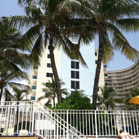 ocean sky hotel resort galt mile fort lauderdale fl. Black Bedroom Furniture Sets. Home Design Ideas