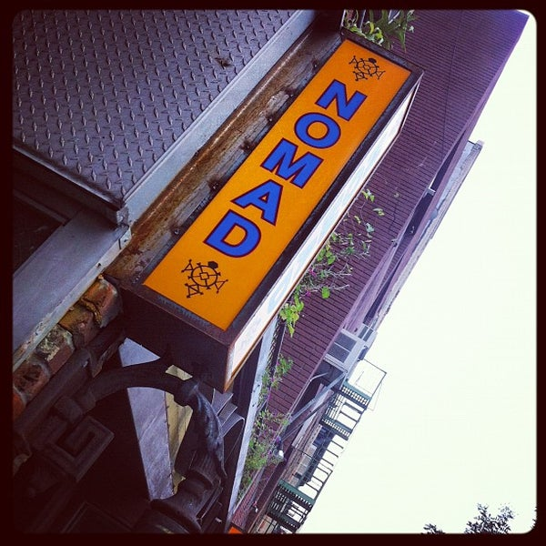 Photo prise au Nomad Restaurant par Keith P. le8/9/2012