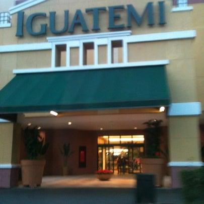 8/5/2012 tarihinde Denise Manzatoziyaretçi tarafından Shopping Iguatemi'de çekilen fotoğraf