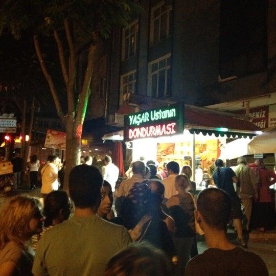 Foto tirada no(a) Dondurmacı Yaşar Usta por Bahadır Z. em 7/21/2012