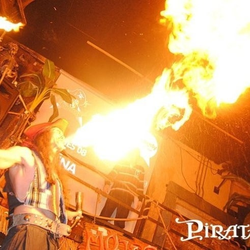 Photo prise au Discoteca Piratas par Freddy C. le8/24/2012
