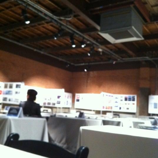Das Foto wurde bei Eyebeam Art + Technology Center von Andrew am 5/8/2012 aufgenommen