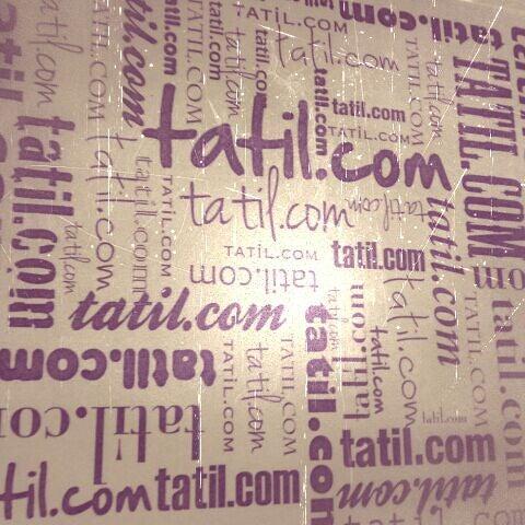 รูปภาพถ่ายที่ Tatil.com โดย Garen B. เมื่อ 4/24/2012