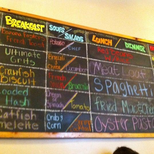 Снимок сделан в Somethin' Else Café пользователем Andrew M. 6/10/2012
