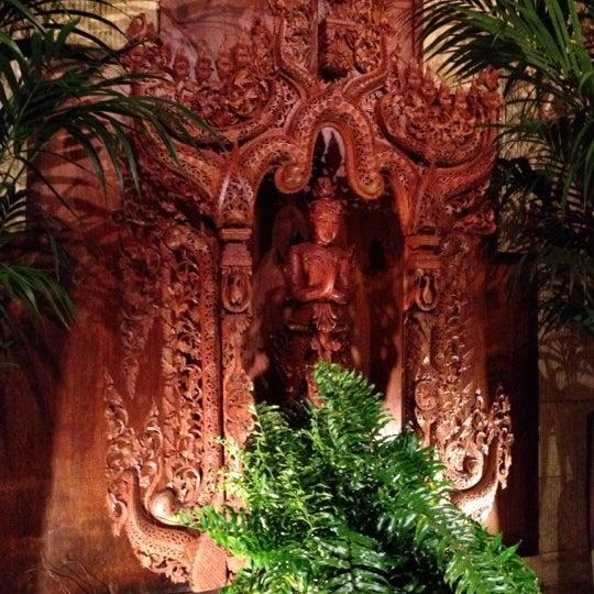 2/26/2012에 Kevin C.님이 Thai Barcelona | Thai Gardens에서 찍은 사진