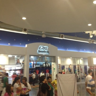 f4d91537c1c Photo taken at Reebok Outlet by Marco Antonio D. on 8 12 2012