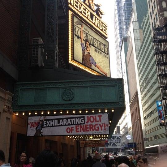 5/27/2012にBen R.がNederlander Theatreで撮った写真