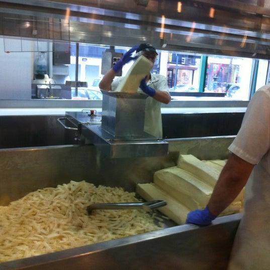 4/1/2012에 Pat H.님이 Beecher's Handmade Cheese에서 찍은 사진