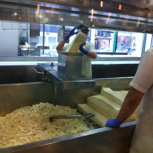 Foto tomada en Beecher's Handmade Cheese por Pat H. el 4/1/2012