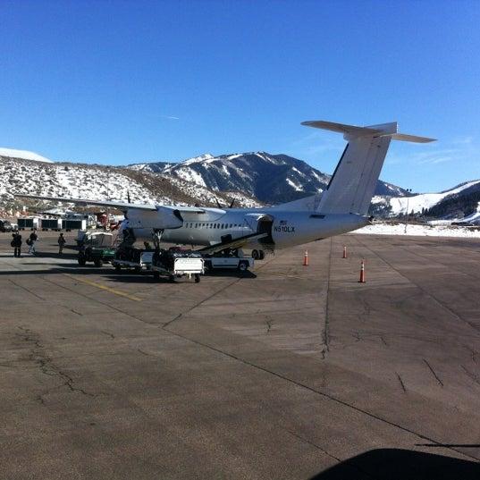 Photo prise au Aspen/Pitkin County Airport (ASE) par Radek T. le3/11/2012