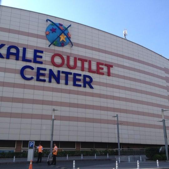 Foto scattata a Kale Outlet Center da 🔊 Erhan Y. il 8/25/2012