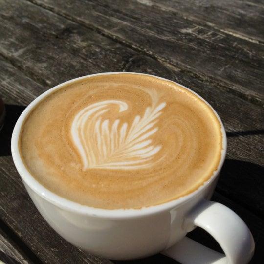 Foto scattata a Espressofabriek da Dan P. il 8/11/2012