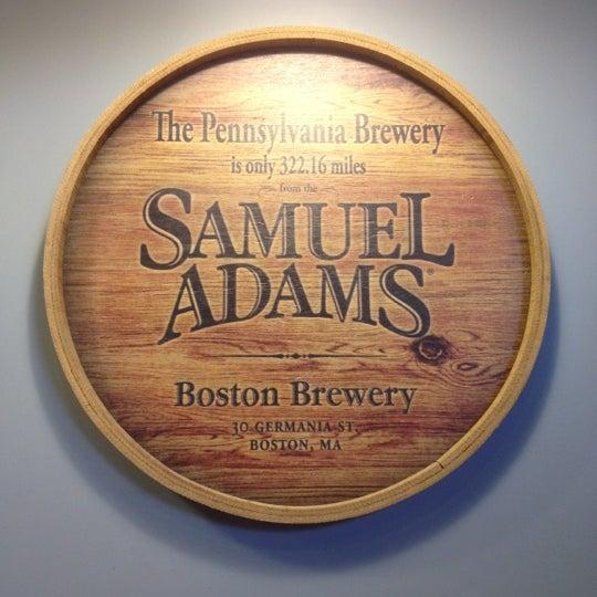 Photo prise au Samuel Adams Brewery par Yumi T. le6/13/2012