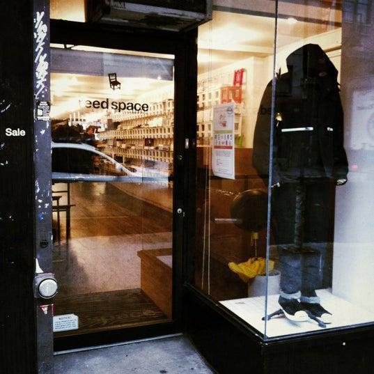 3/1/2012にYujiro N.がReed Spaceで撮った写真