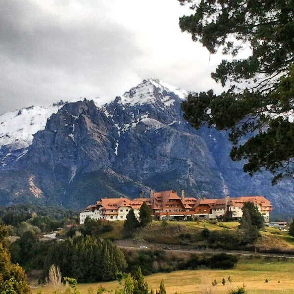 Photo prise au Llao Llao Hotel & Resort par Rodrigo Y. le9/3/2012