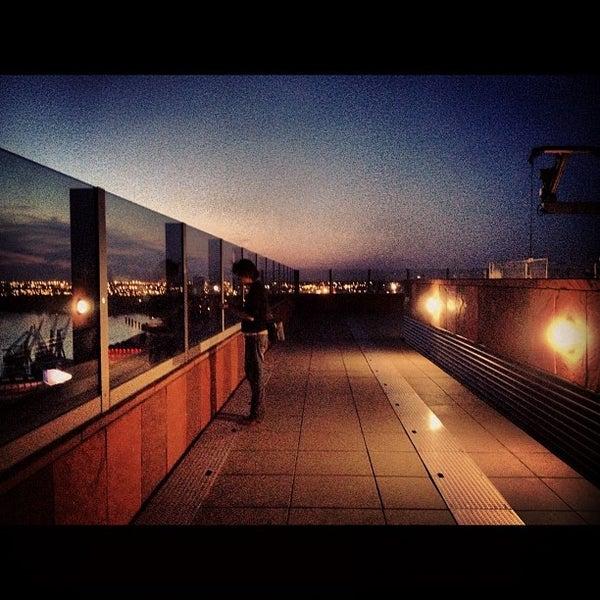 Foto tirada no(a) MAS | Museum aan de Stroom por Nele B. em 9/9/2012