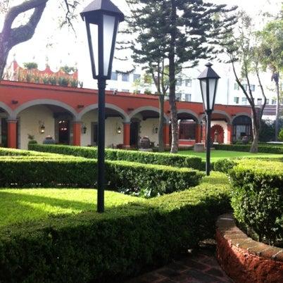 Снимок сделан в Hacienda de Los Morales пользователем Sebas P. 8/27/2012