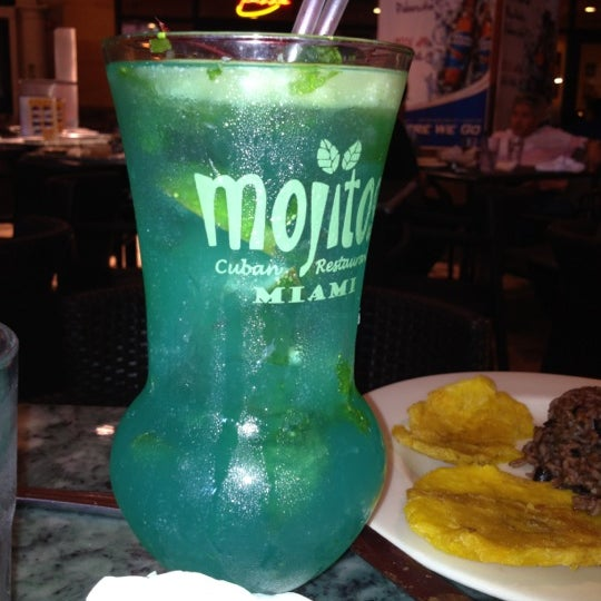 Photo prise au Mojitos Cuban Restaurant par Ricardo M. le3/26/2012