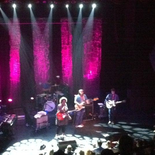 Das Foto wurde bei Georgia Theatre von R W. am 4/6/2012 aufgenommen