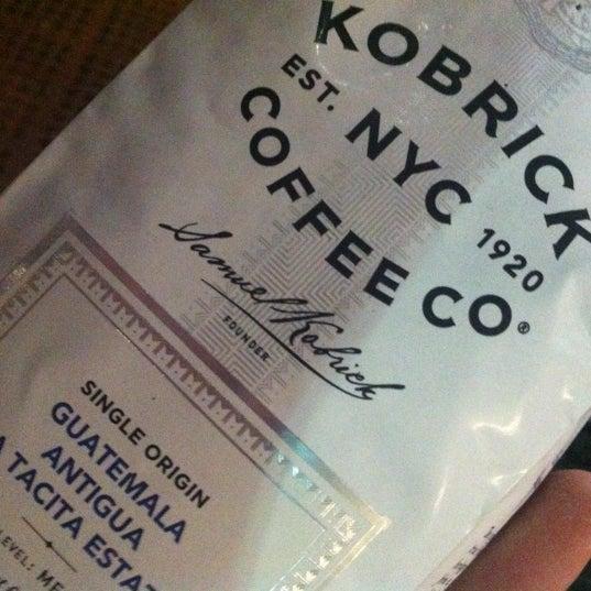 4/10/2012에 Eric Thomas C.님이 Silverbird Espresso에서 찍은 사진