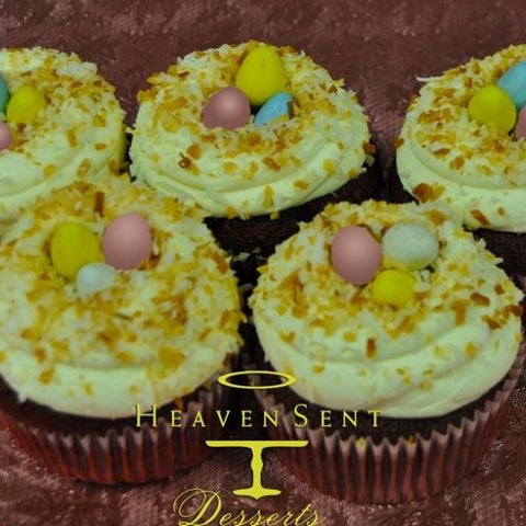 check out our cupcakes for Easter ....