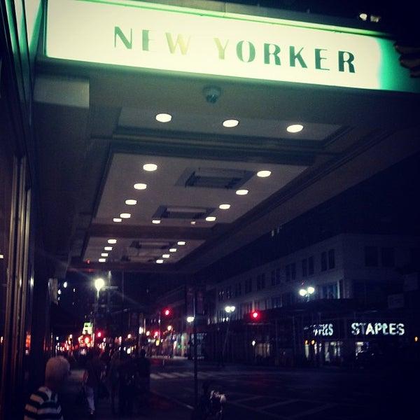 Foto diambil di Wyndham New Yorker oleh Alina K. pada 8/10/2012