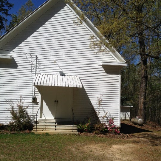 Foto tirada no(a) Liberty Universalist Church por Brandi C. em 3/23/2012