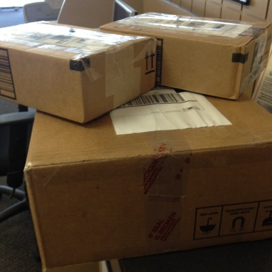 Photos at The UPS Store - Shipping Store