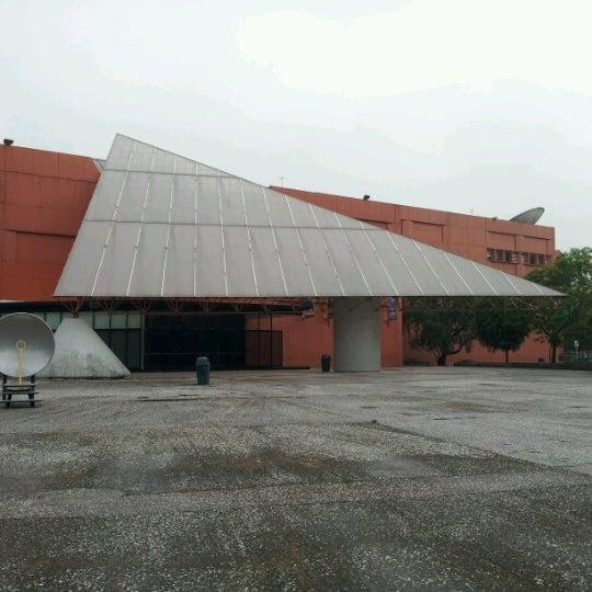 รูปภาพถ่ายที่ Universum, Museo de las Ciencias โดย Francisco C. เมื่อ 6/20/2012