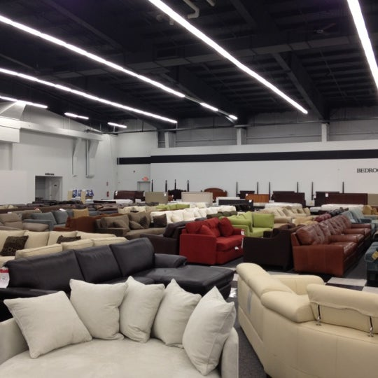 Photos At Bloomingdale S Furniture Outlet Hawthorne Ny