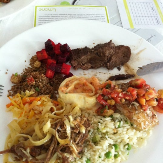4/12/2012 tarihinde Luiz J.ziyaretçi tarafından Limone Restaurante e Café'de çekilen fotoğraf