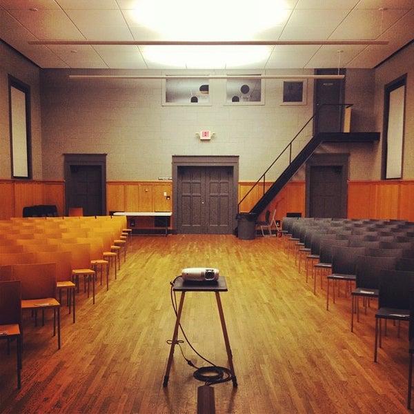 Kansas City Art Institute - College Arts Building in ...