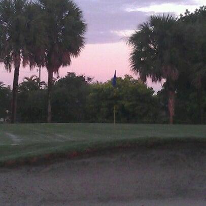 Das Foto wurde bei Palmetto Golf Course von Dedrick B. am 7/18/2012 aufgenommen