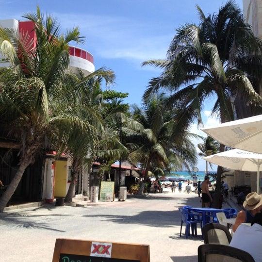 Снимок сделан в Popol Vuh Restaurante пользователем Chris T. 3/18/2012
