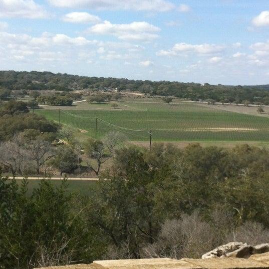Foto diambil di Driftwood Estate Winery oleh Judd A. pada 2/19/2012