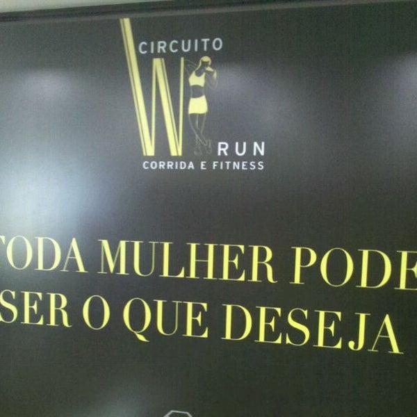 Foto scattata a Sheraton São Paulo WTC Hotel da Dona F. il 6/2/2012